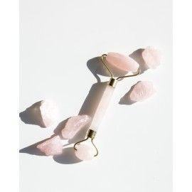 Роллер для лица из розового кварца