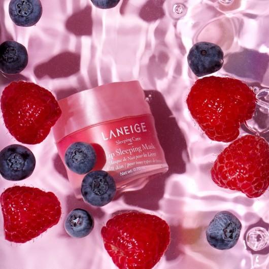 Ночная маска для губ с ароматом ягод LIP SLEEPING MASK ВERRY